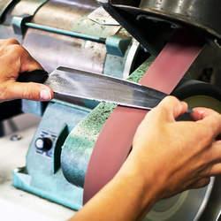 Afiação de facas industriais