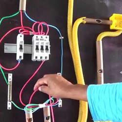 Montagem de sistema de ventilação industrial